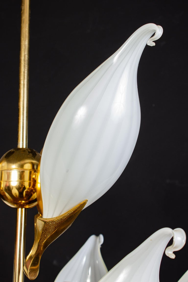 Fantastic Franco Luce for Seguso Murano Glass and Brass Chandelier, 1970s For Sale 12