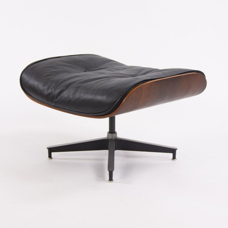 Fantastic Herman Miller Eames Lounge Chair and Ottoman For Sale 5
