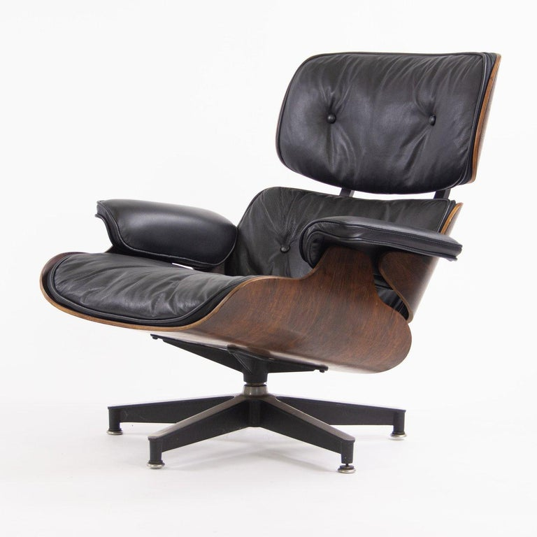 Mid-Century Modern Fantastic Herman Miller Eames Lounge Chair and Ottoman For Sale