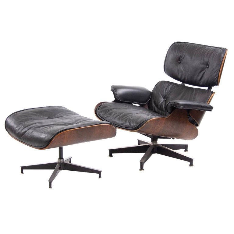 Fantastic Herman Miller Eames Lounge Chair and Ottoman For Sale