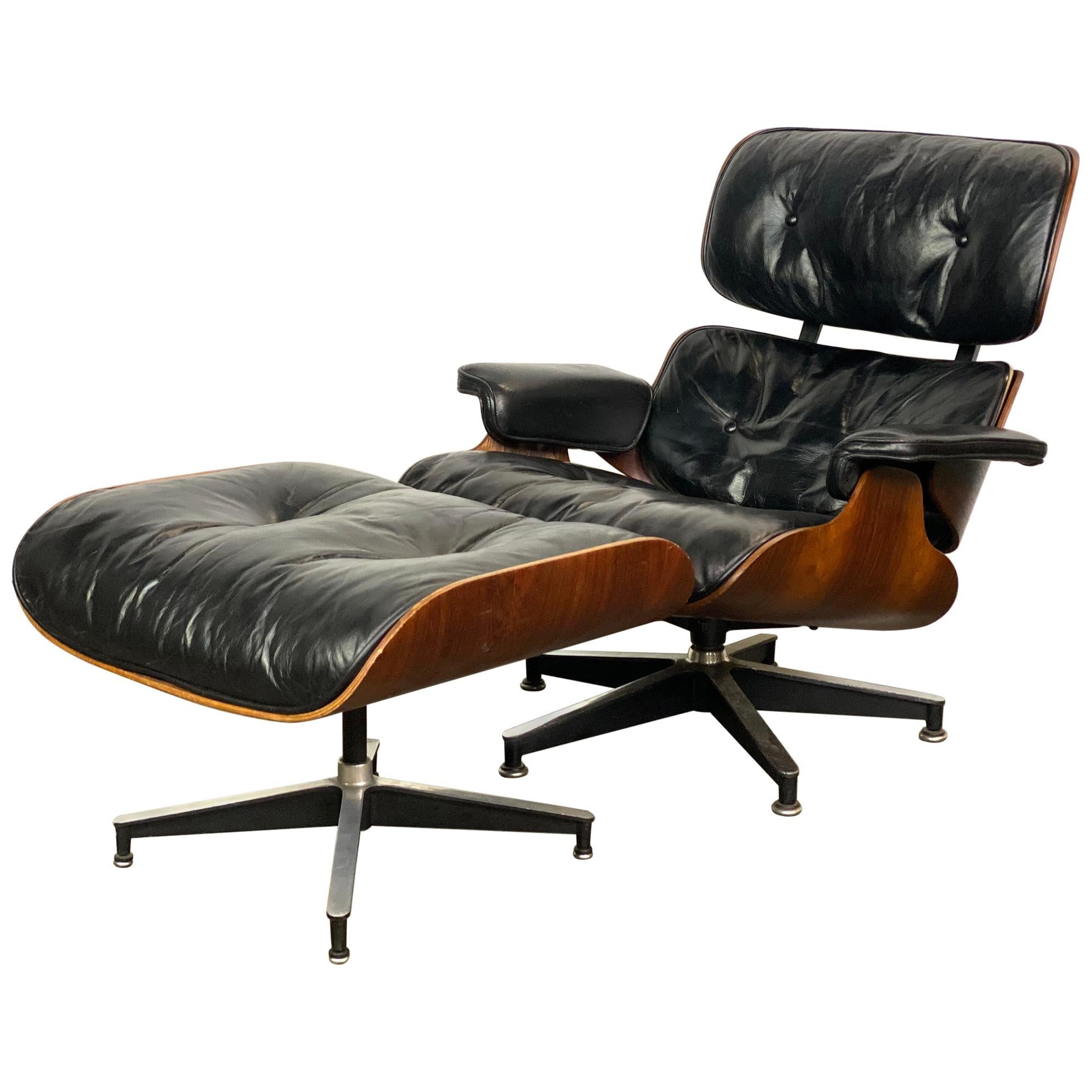 Fantastic Herman Miller Eames Lounge Chair and Ottoman