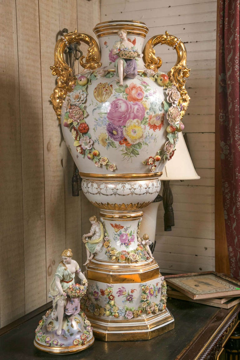 Porcelain Fantastic Pair of Meissen Style Covered Urns For Sale