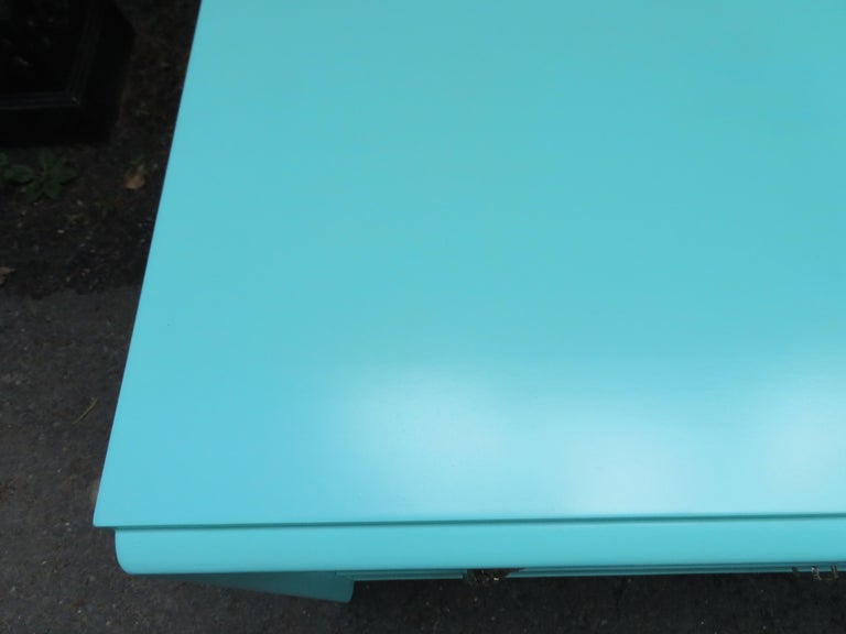 Fantastic Tiffany Blue Paul Frankl X-Pull Dresser Credenza Mid-Century Modern For Sale 5