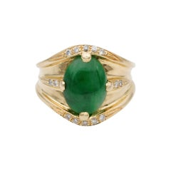 Fantastic Timeless Style Green Jade Diamond Vintage Ring