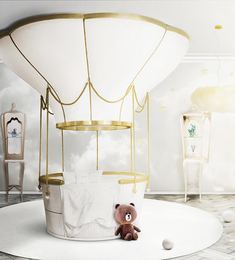 Fantasy Air Balloon Bed in White Wood with Side Drawers and Gold Details For Sale 5