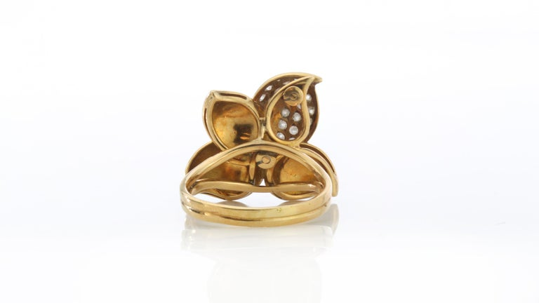 Faraone Earring and Ring Set, Gold and Diamonds, Made in Italy For Sale 6