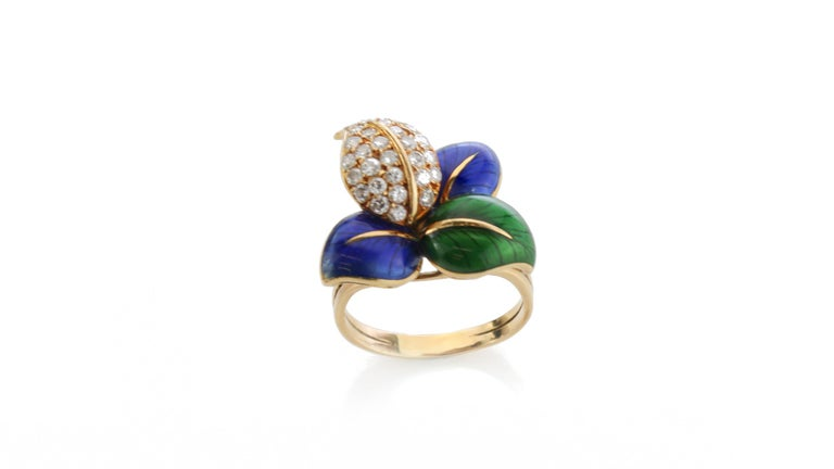 Faraone Earring and Ring Set, Gold and Diamonds, Made in Italy For Sale 1
