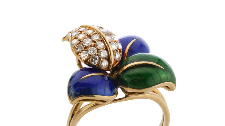Faraone Earring and Ring Set, Gold and Diamonds, Made in Italy For Sale 2