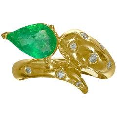 Faraone Mennella Snake Design Emerald Diamond Ring 18 Karat Yellow Gold