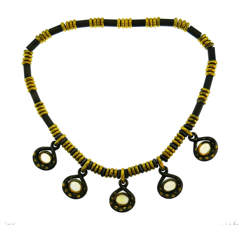 Faraone Yellow Sapphire Gold Necklace Earrings Set with Gun Metal For Sale 3