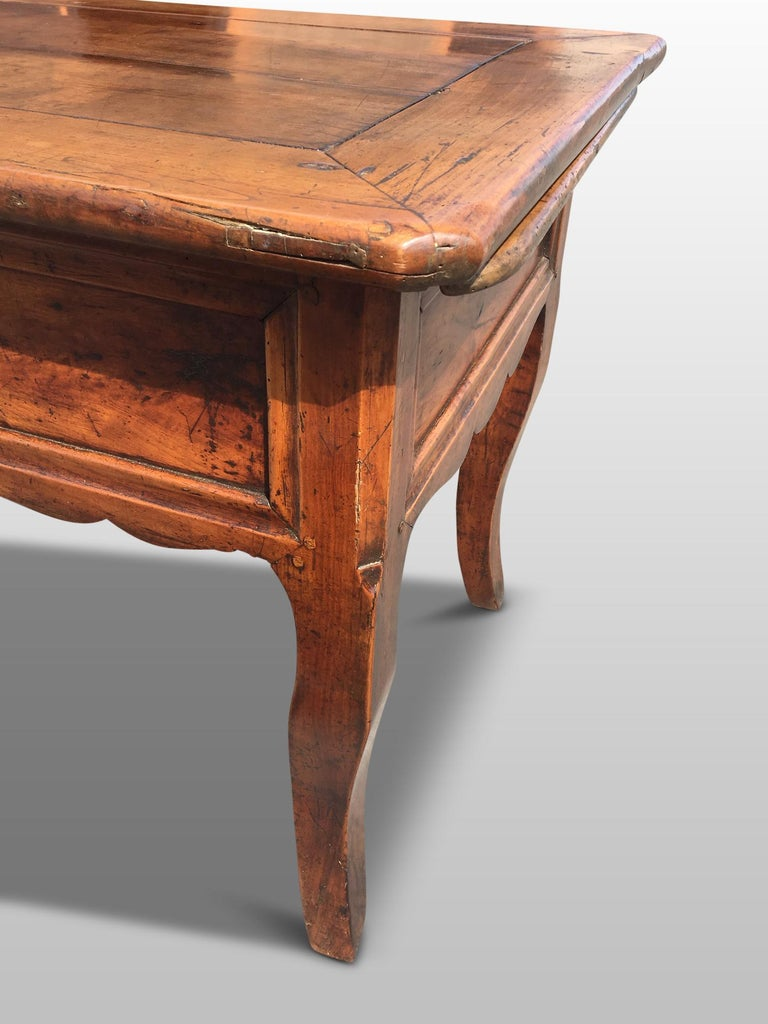 Hand-Crafted Farmhouse Dresser / Server, Cherry wood, circa 1820 For Sale
