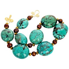 Fascinating Turquoise and Cultured Pearl Necklace