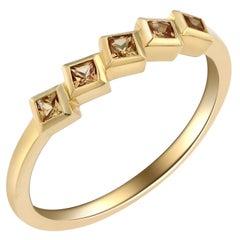 Fashion 18 Karat Yellow Gold and Yellow Sapphire Ring