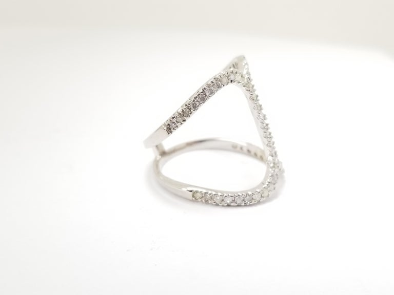 Fashion Diamond Ring 14 Karat White Gold In New Condition For Sale In Great Neck, NY