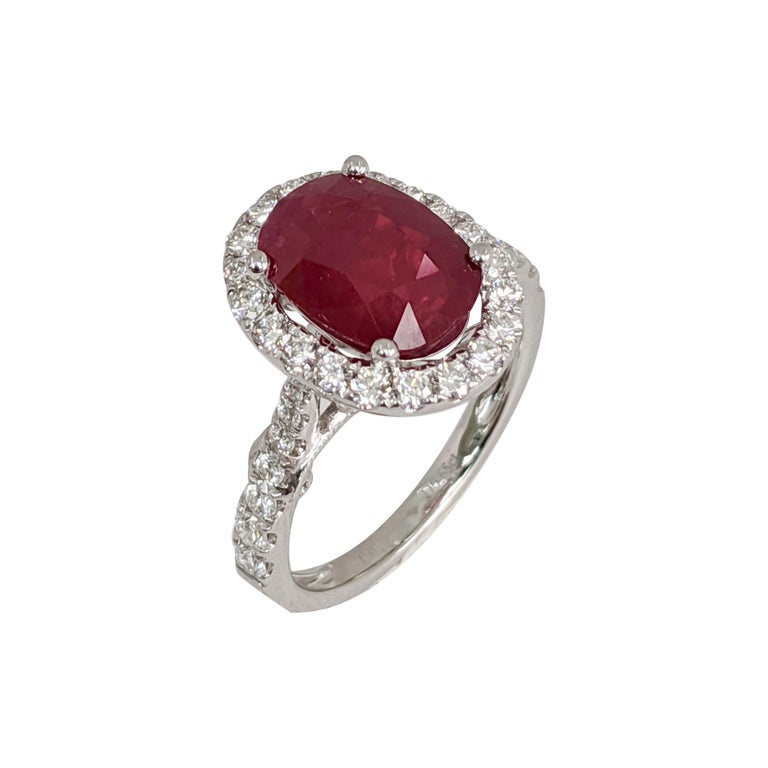 Oval Cut  Oval Ruby or Diamond Ring For Sale