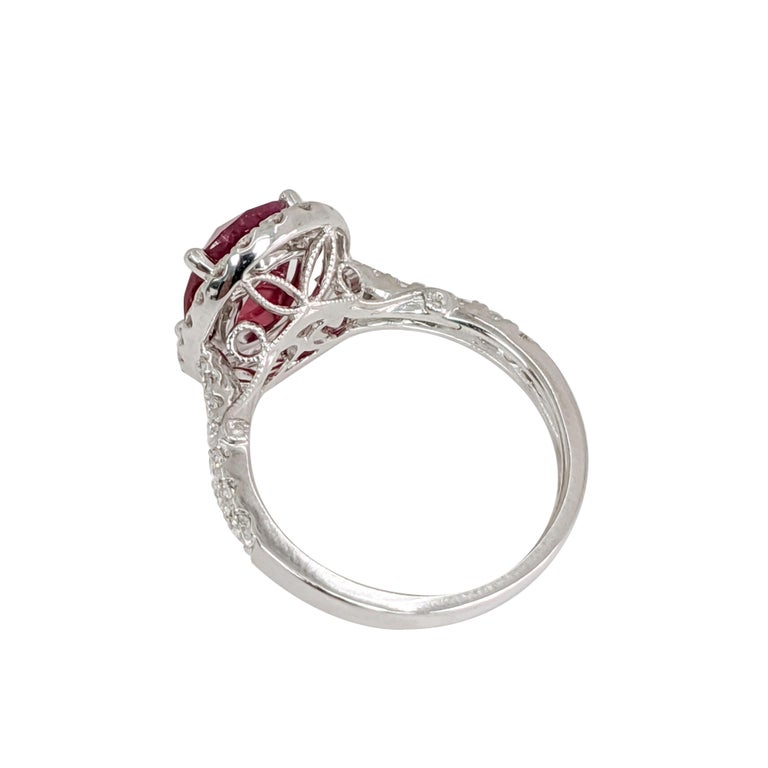 Oval Ruby or Diamond Ring In Excellent Condition For Sale In Great Neck, NY