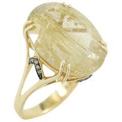 Fashion Quartz Diamond Yellow Gold Ring