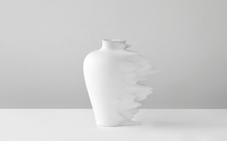 Fast, Vase in Corian, Black or White, YMER&MALTA, France In New Condition For Sale In PARIS, FR