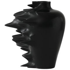 Fast, Vase in Corian, Black or White, YMER&MALTA, France