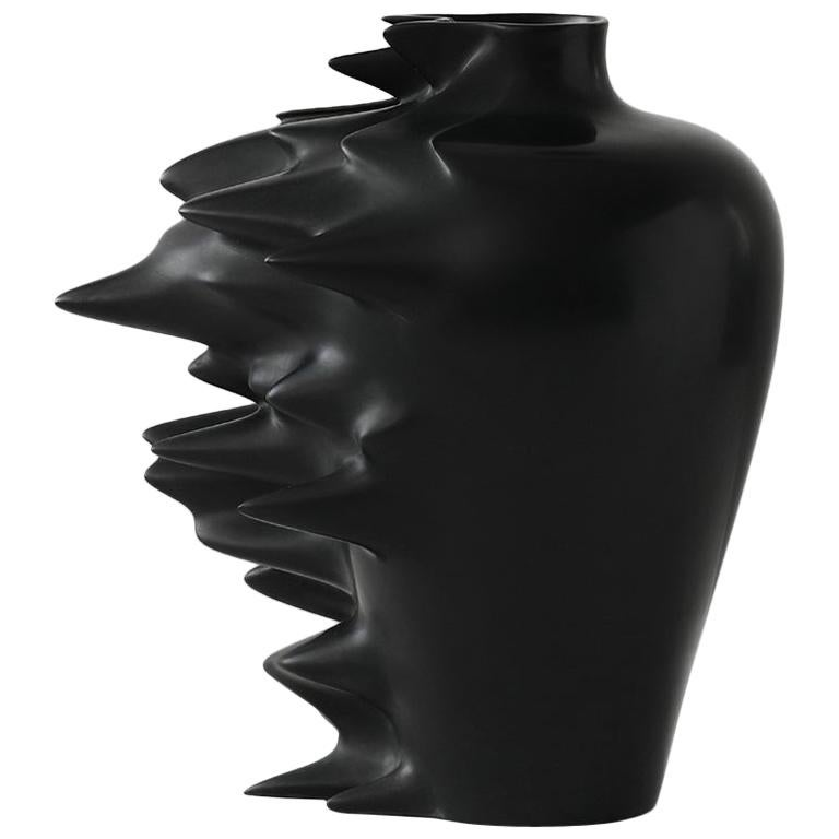 Fast, Vase in Corian, Black or White, YMER&MALTA, France For Sale
