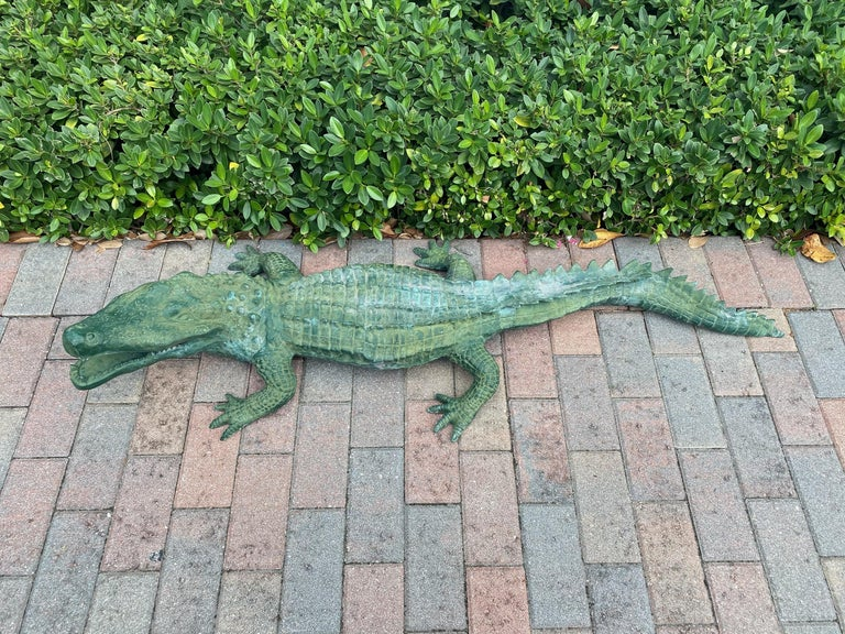 Faux Alligator Sculpture In Good Condition For Sale In West Palm Beach, FL