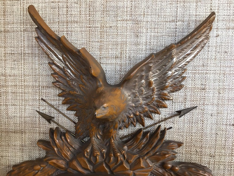 Faux Bois Federal Style Round Convex Eagle Mirror In Good Condition For Sale In Lambertville, NJ