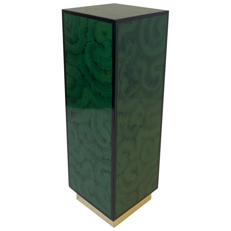 Faux Malanchite Lacquer and Brass Pedastal For Sale