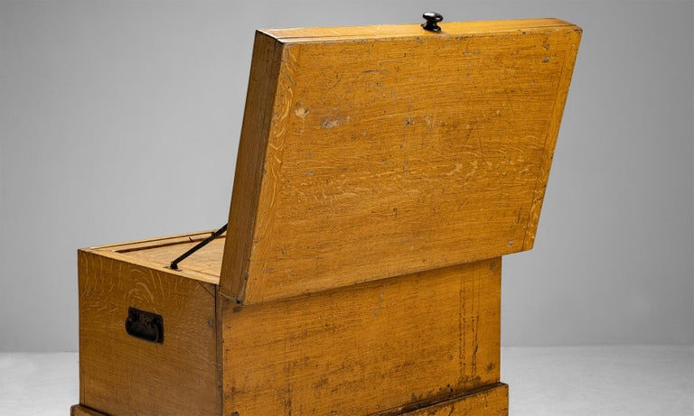 Late 19th Century Faux Oak Chest, England circa 1890 For Sale