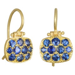Faye Kim 18 Karat Blue Sapphire Chiclet Earrings