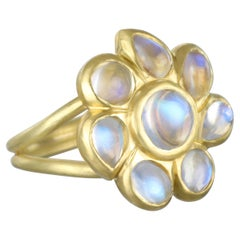Faye Kim 18 Karat Ceylon Blue Moonstone Daisy Cocktail Ring