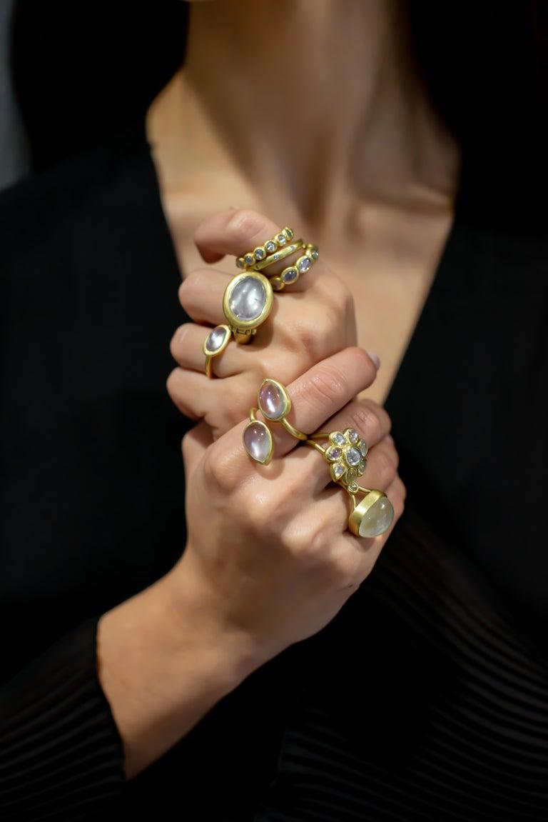 Faye Kim 18 Karat Gold Burma Moonstone Eternity Ring In New Condition For Sale In Westport, CT