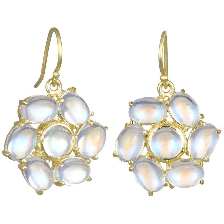 Faye Kim 18 Karat Gold Ceylon Moonstone Daisy Earrings For Sale