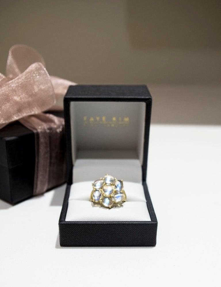 Oval Cut Faye Kim 18 Karat Gold Ceylon Moonstone Daisy Ring For Sale