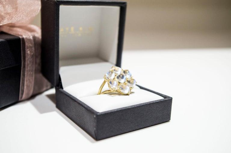 Contemporary Faye Kim 18 Karat Gold Ceylon Moonstone Daisy Ring For Sale