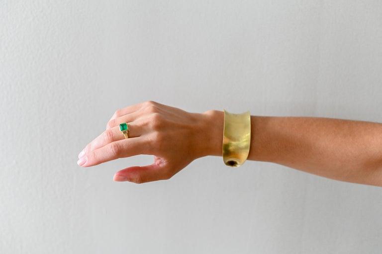 Contemporary Faye Kim 18 Karat Gold Colombian Emerald and Diamond Ring