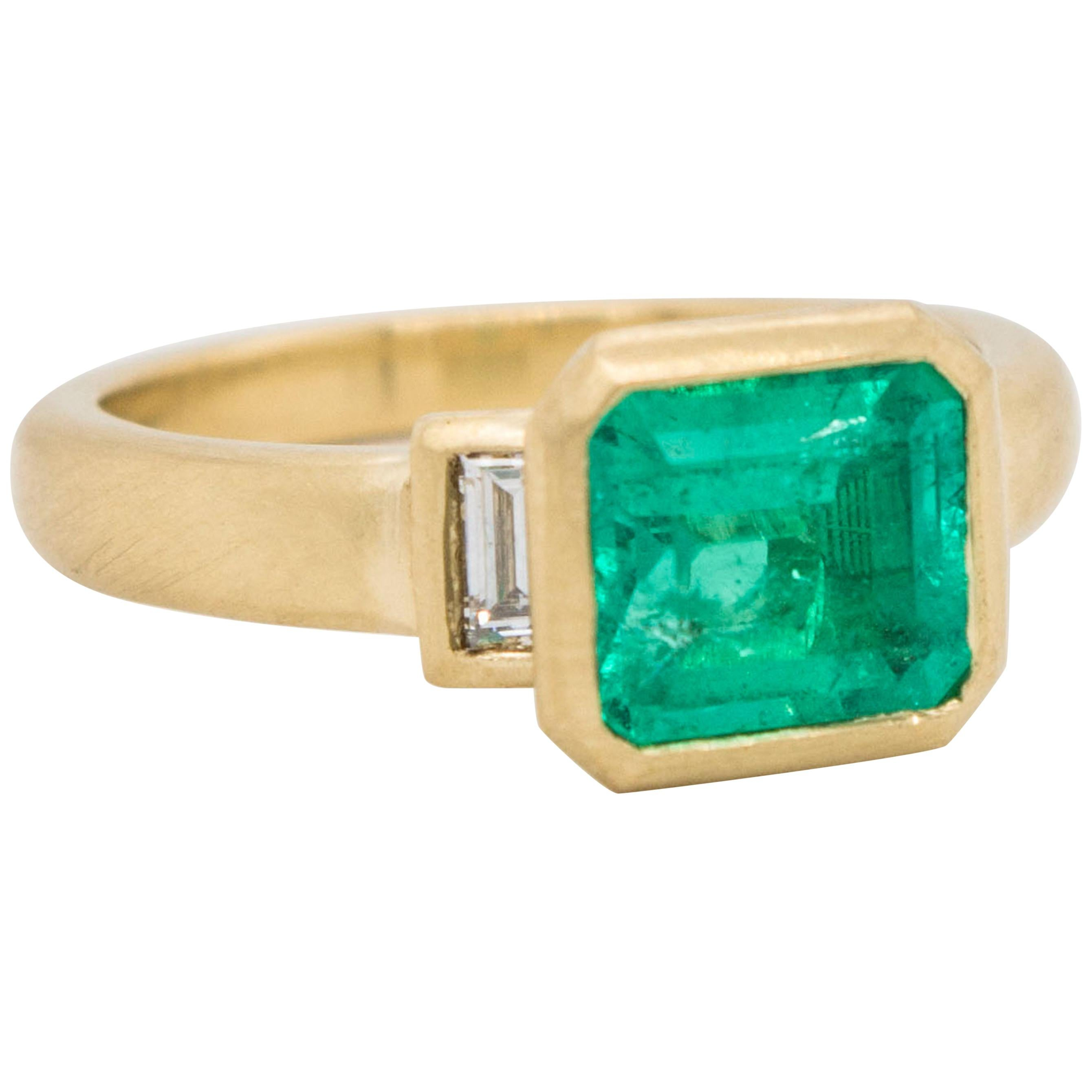 Faye Kim 18 Karat Gold Colombian Emerald and Diamond Ring