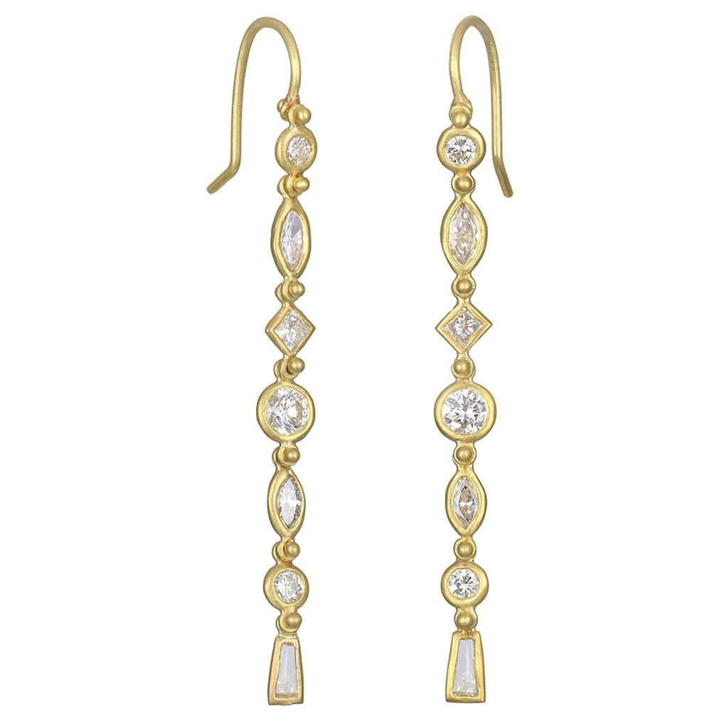 Faye Kim 18 Karat Gold Diamond Line Earrings