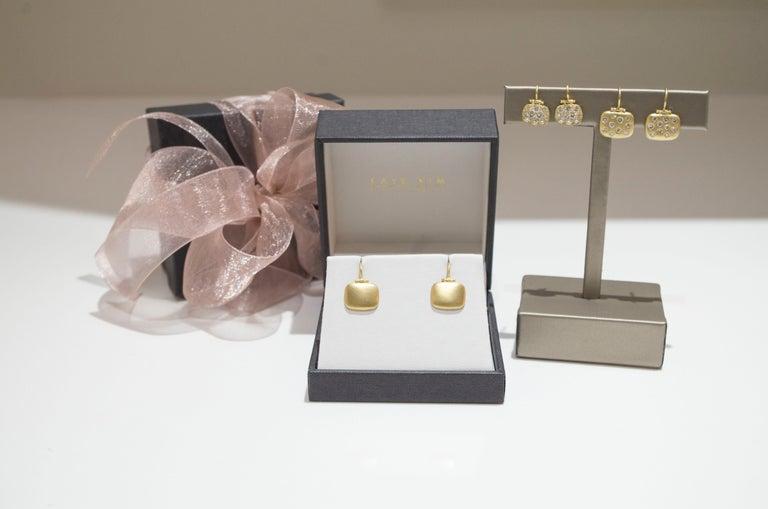 Round Cut Faye Kim 18 Karat Gold Diamond Pave Chiclet Hinged Earrings For Sale