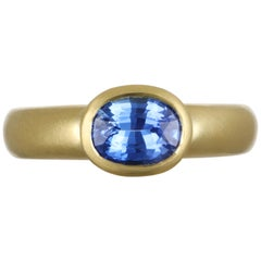 Faye Kim 18 Karat Gold Faceted Oval Ceylon Blue Sapphire Ring