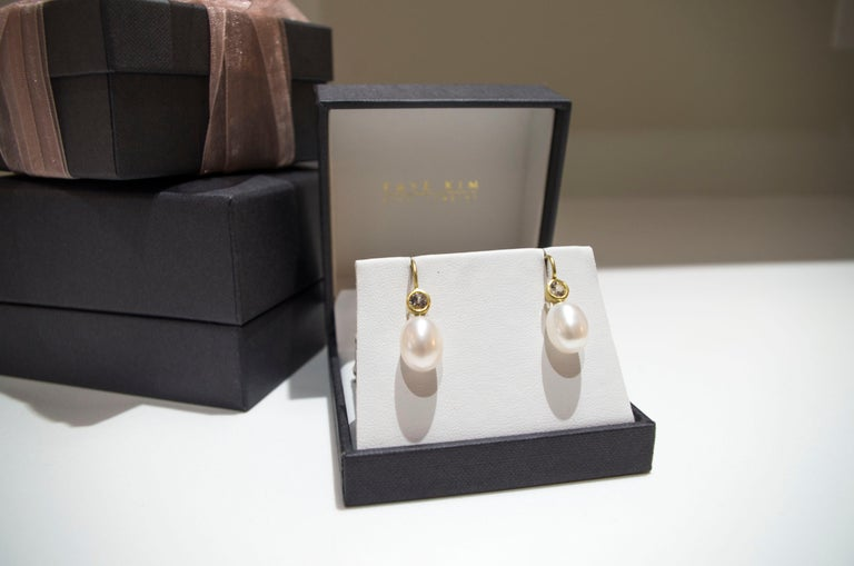 Contemporary Faye Kim 18 Karat Gold Freshwater Pearl White Sapphire Earrings For Sale