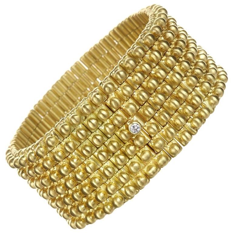 Faye Kim 18 Karat Gold Handmade Flexible Link Cuff Bracelet with Diamond Closure For Sale