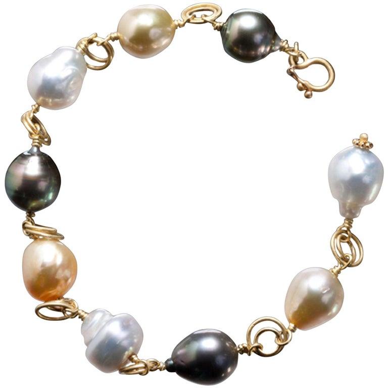 Faye Kim 18 Karat Gold Multi-Color South Sea Pearl Gold Link Bracelet For Sale