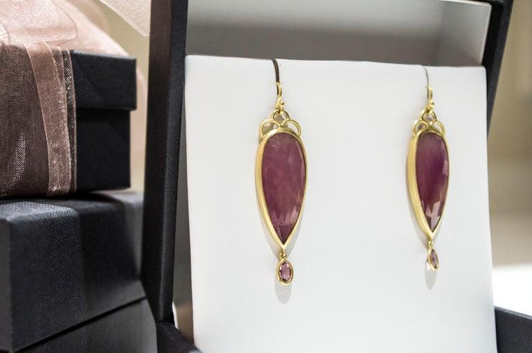 Contemporary Faye Kim 18 Karat Gold Pink Rose Cut Sapphire Drop Earrings For Sale