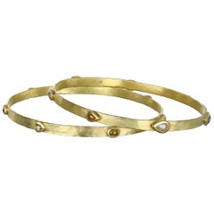 Faye Kim 18 Karat Gold Raw Diamond Hammered Bangle
