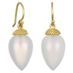 Faye Kim 18 Karat Gold White Agate Acorn Drop Earring with Granulation Cap