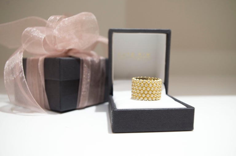 Contemporary Faye Kim 18k Gold Diamond Cigar Band Ring For Sale