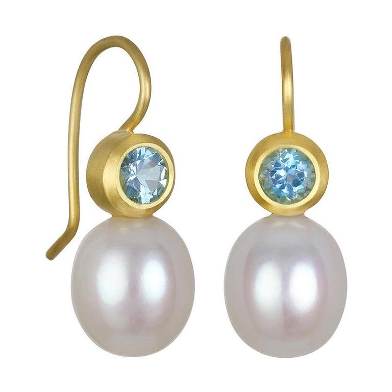Faye Kim 18k Gold Aquamarine and Pearl Earrings For Sale