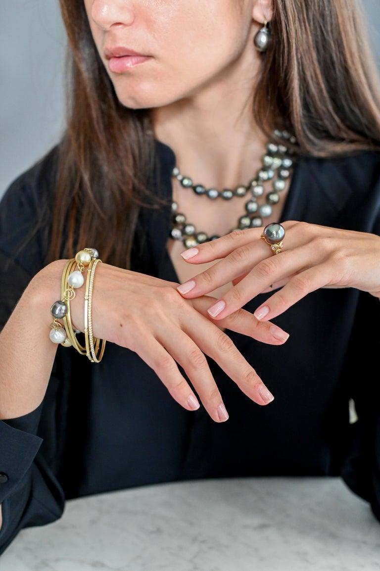 Uncut Faye Kim 18 Karat Gold Black Tahitian Cultured Pearl Drop Earrings For Sale
