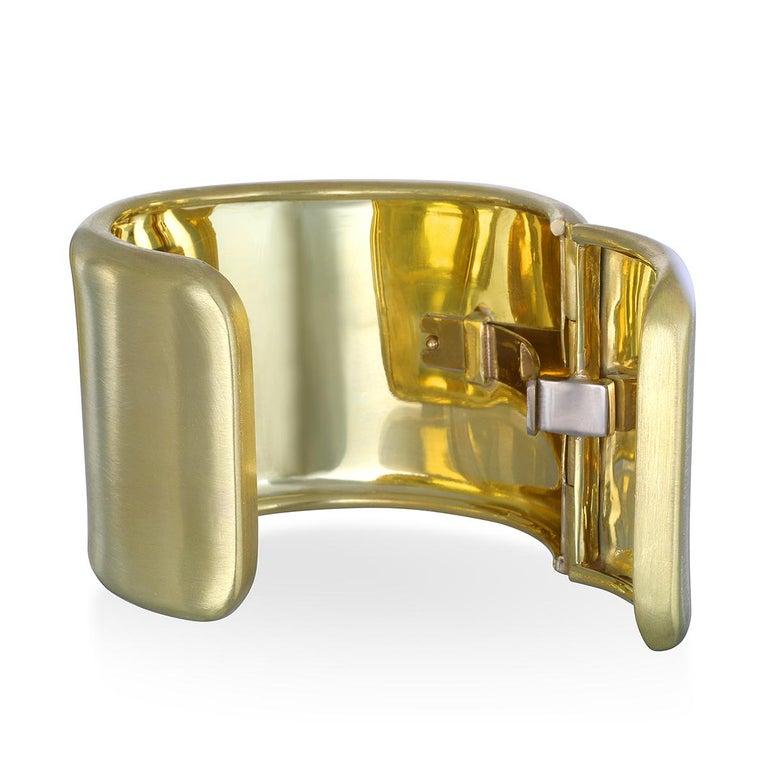 Women's Faye Kim 18 Karat Gold Cuff For Sale