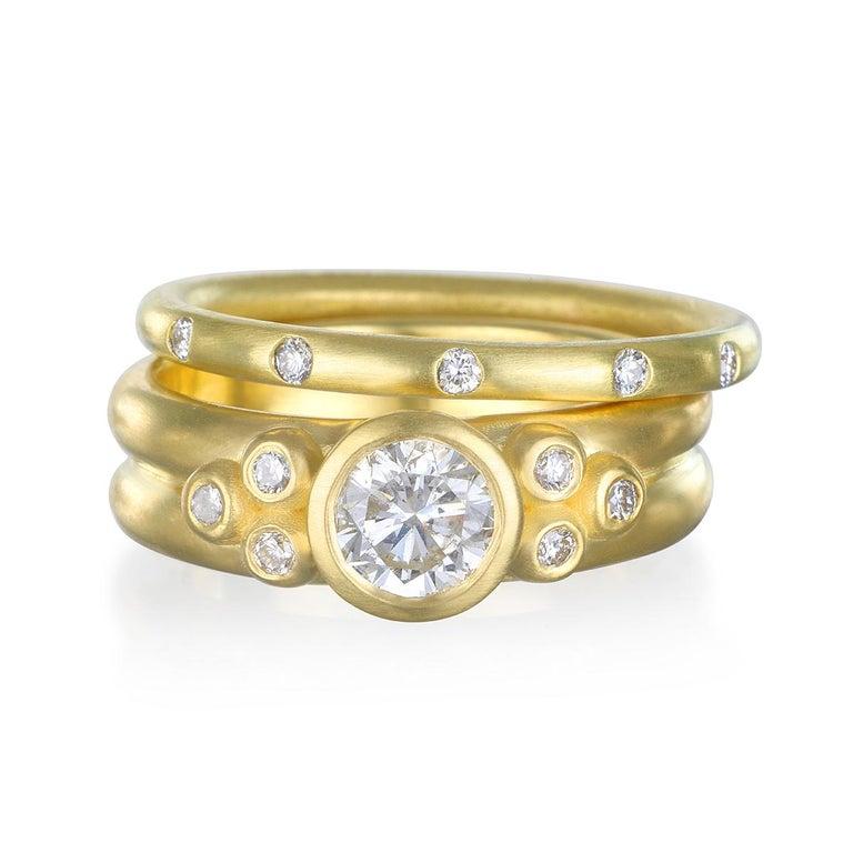 Contemporary Faye Kim 18k Gold Diamond Bezel Engagement Ring with Triple Diamond Granulation For Sale